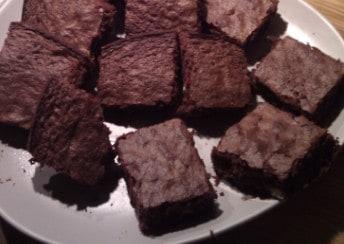 Handen Chocolate Rum Cake